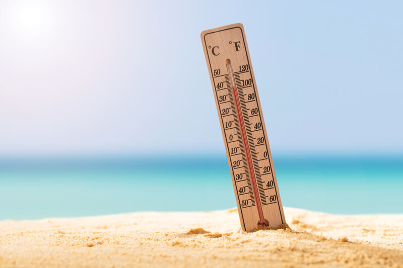 How the Summer Heat Affects Your Veins